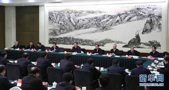 2月12日下午,中共中央总书记、国家主席、中央军委主席习近平在成都市主持召开打好精准脱贫攻坚战座谈会并发表重要讲话。